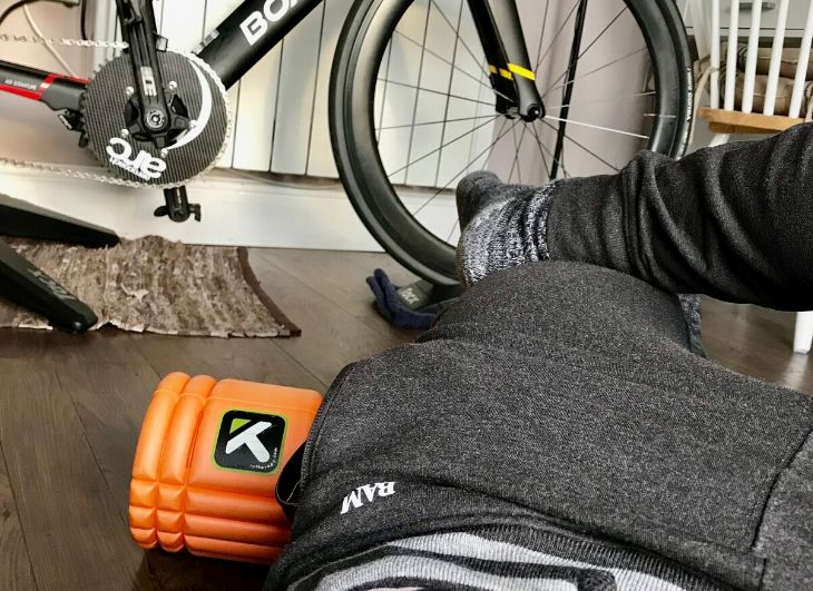 Essential foam roller routine in less than 10min!